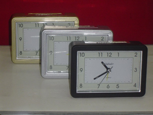 Importador de Relojes PT 086 Distribuidor de pilas, relojes, baterias