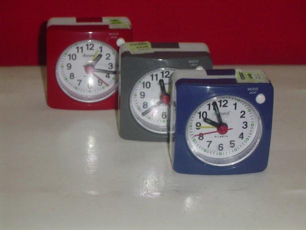 Reloj Despertador PT 140